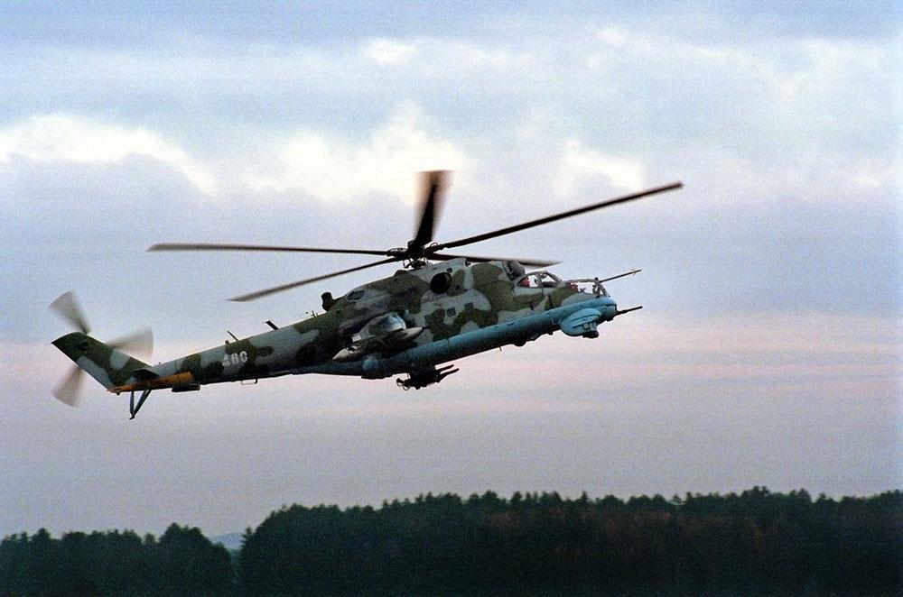 Пропавший в Красноярском крае вертолет Ми-2 вышел на связь