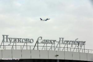"""Аэропорт """"Пулково"""" в I квартале 2015 года обслужил 2,5 млн пассажиров"""
