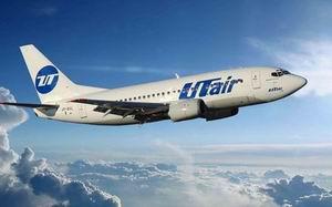 """Авиакомпания """"ЮТэйр"""" поощрила пилотов, избежавших столкновения в аэропорту Барселоны"""