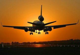 В Баку совершил вынужденную посадку самолет норвежской авиакомпании