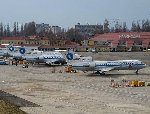 Новой аэродромной техникой пополнился сочинский аэропорт