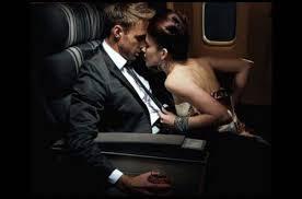 Фото секса в самолете со стюардессами