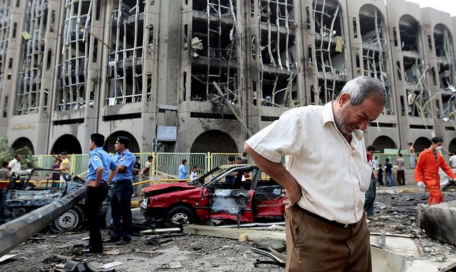 Около 20 человек погибло в результате двойного теракта в Багдаде